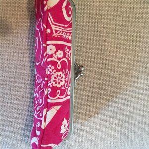Vera Bradley Twirly Birds Pink kisslock  case